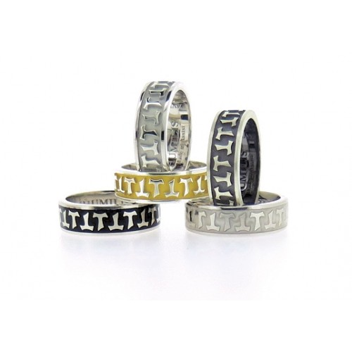 Humilis anello classico in oro giallo