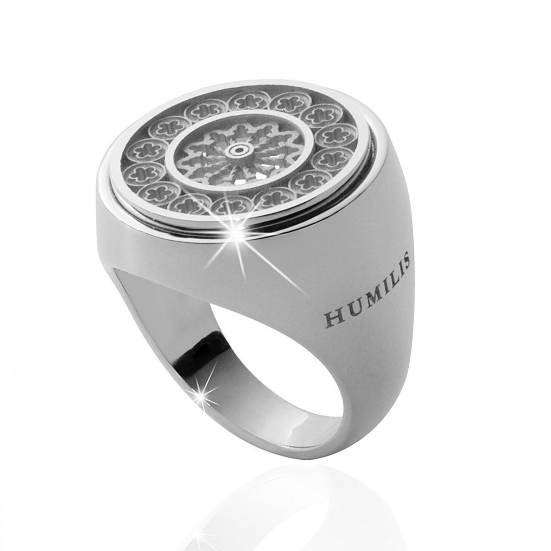 Humilis sterling silver rosewindow ring